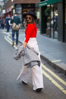 lfw-ss16-street-style-day-1-03
