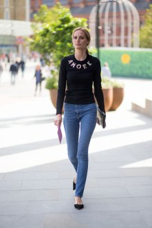 lfw-ss16-street-style-day-1-22