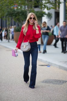 lfw-ss16-street-style-day-1-24