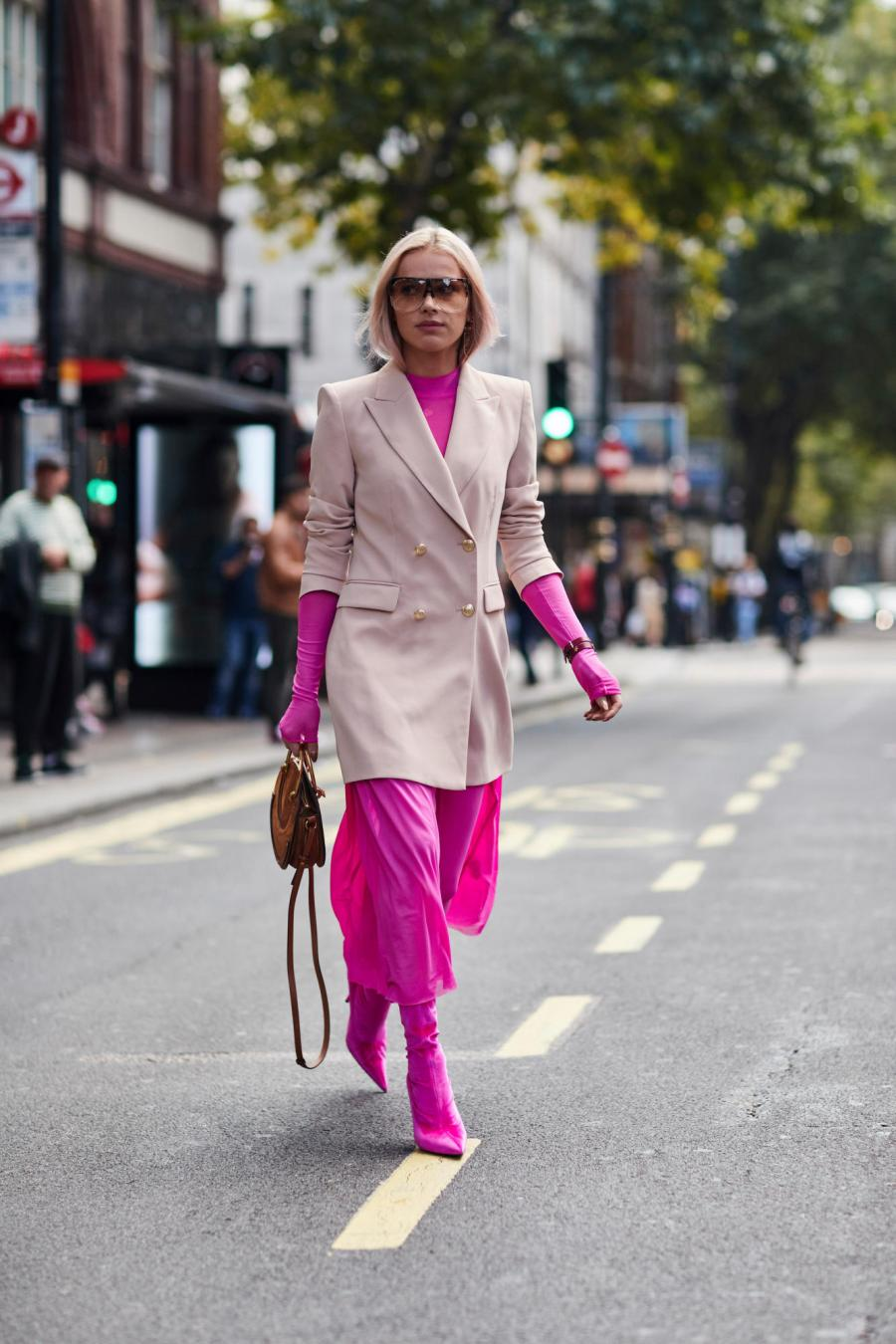 160-london-fashion-week-street-style-spring-2018